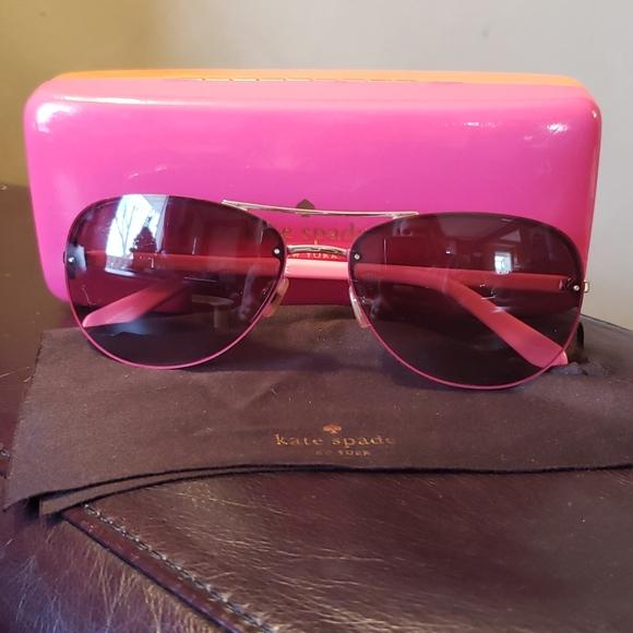 Kate Spade ♠️ sunglasses w/case